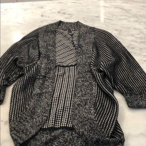 Valette black and white cocoon cardigan- X-small